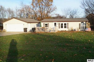Jackson MI Single Family Home For Sale: $114,900