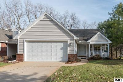 Jackson County Condo/Townhouse Contingent - Financing: 921 Oakbrook Dr