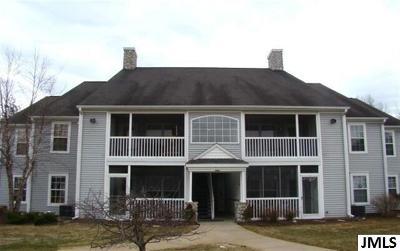 Jackson County Condo/Townhouse For Sale: 848 W Barrington Circle