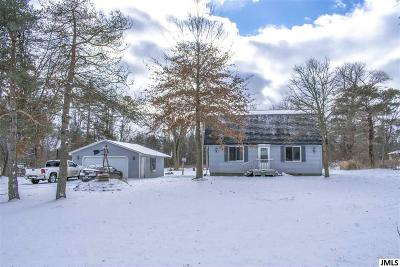Rives Junction Single Family Home Contingent: 11895 Clinton Rd