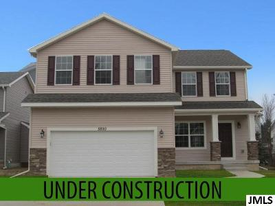Single Family Home For Sale: 775 Pemberton Ln