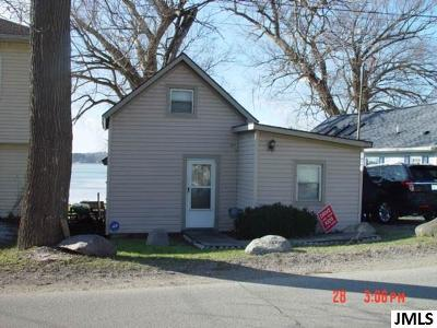 Jackson MI Single Family Home For Sale: $129,900