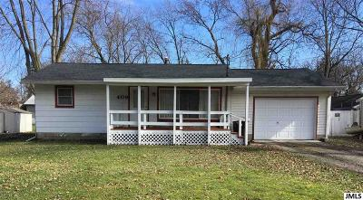 Jackson MI Single Family Home For Sale: $75,000