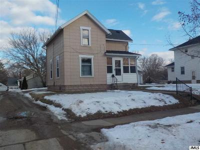 Jackson MI Single Family Home For Sale: $39,900