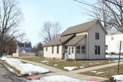 Jackson MI Single Family Home For Sale: $67,500