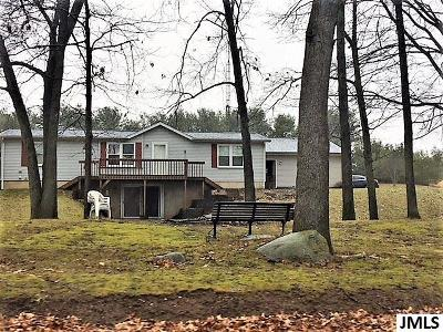 Brooklyn Single Family Home Contingent: 536 Norvell Lake Rd