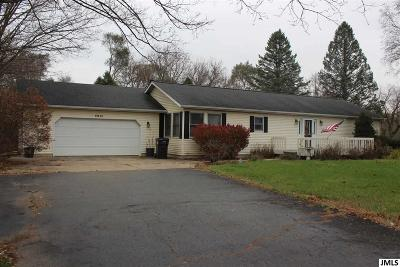 Napoleon Single Family Home Contingent - Financing: 4601 Clark Lake Rd