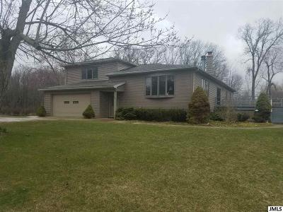 Single Family Home For Sale: 4801 Walz Rd