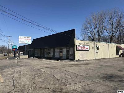 Jackson MI Rental For Rent: $1,100