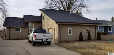 Brooklyn MI Single Family Home Contingent - Financing: $457,000
