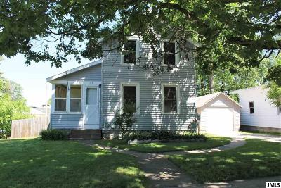 Brooklyn Single Family Home For Sale: 113 Julian St