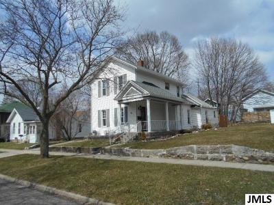 Jackson MI Single Family Home For Sale: $74,900