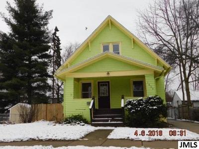 Jackson MI Single Family Home For Sale: $34,900