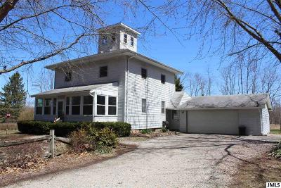 Onondaga Single Family Home Contingent: 4251 Stone Rd