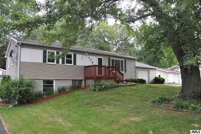 Single Family Home For Sale: 128 Burr Oak