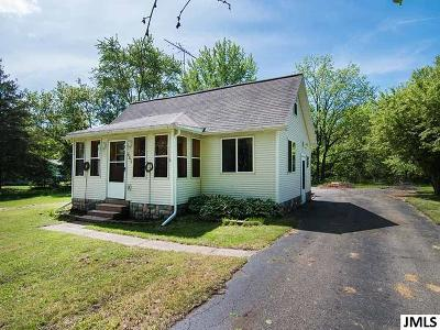 Grass Lake Single Family Home Contingent - Financing: 469 Portage St