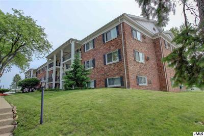 Jackson MI Condo/Townhouse For Sale: $64,000
