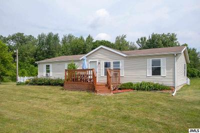 Stockbridge Single Family Home For Sale: 1905 Fitchburg Rd
