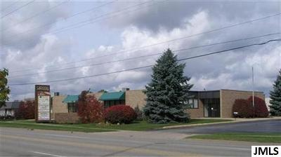 Commercial Lease For Lease: 950 W Monroe