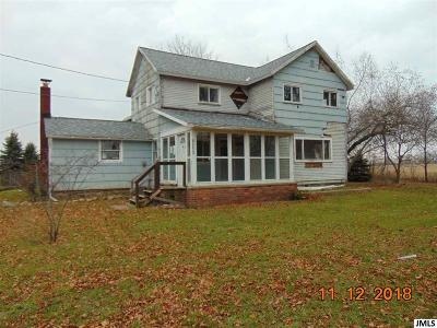 Parma Single Family Home Contingent: 13391 Miner Rd