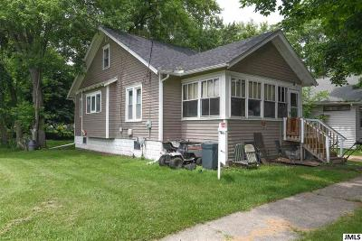 Jackson MI Single Family Home For Sale: $25,900