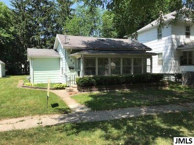Single Family Home For Sale: 260 Randolph St