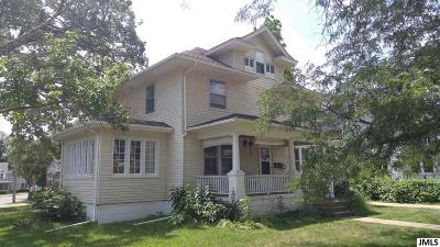 Multi Family Home For Sale: 301 Harwood