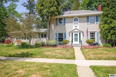 Jackson MI Single Family Home For Sale: $171,900