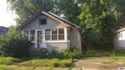 Jackson MI Single Family Home For Sale: $19,900