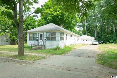 Jackson MI Single Family Home Contingent: $35,000