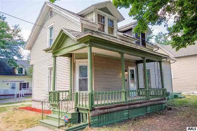 Jackson MI Single Family Home For Sale: $49,000