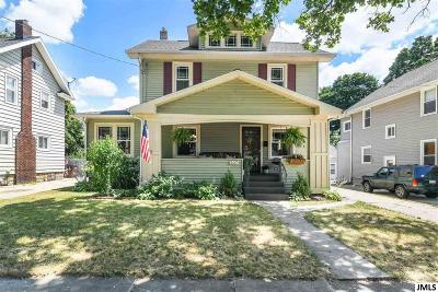 Single Family Home Contingent - Financing: 207 N Durand St