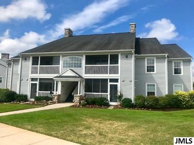 Jackson County Condo/Townhouse Contingent - Financing: 760 W Barrington Circle