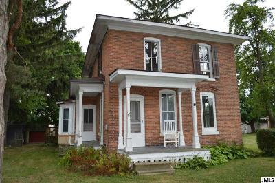 Lansing Single Family Home For Sale: 4469 Dell Rd
