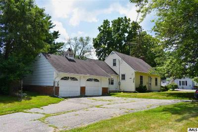 Single Family Home For Sale: 311 E Main St