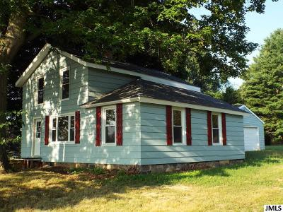 Single Family Home For Sale: 5456 State Rd