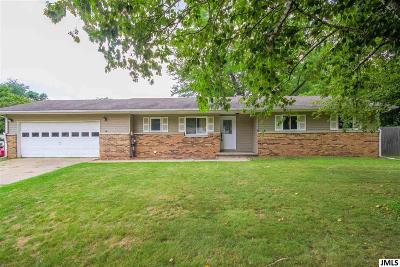 Albion Single Family Home For Sale: 1301 Raspberry Ln