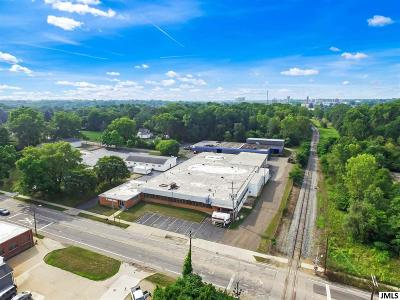 Jackson County Commercial/Industrial For Sale: 145 W Monroe St