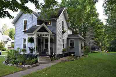Concord Single Family Home For Sale: 421 Hanover St