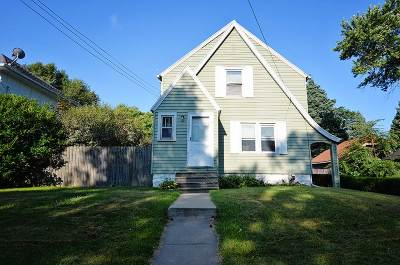 Single Family Home For Sale: 118 Watts St
