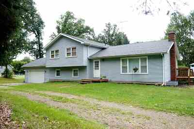 Parma Single Family Home Active - First Right Rfsl: 4559 Wellman Rd