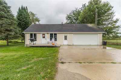 Single Family Home For Sale: 850 Decamp Rd