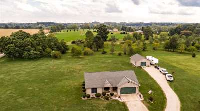 Single Family Home For Sale: 10000 Emerald Dr