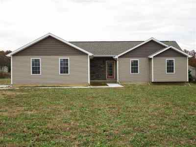 Pleasant Lake Single Family Home Contingent - Financing: 4074 Erin Ct