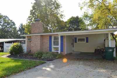 Lansing Single Family Home For Sale: 2913 Lafayette Ave