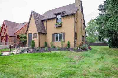 Jackson MI Single Family Home For Sale: $149,000