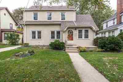 Jackson MI Single Family Home For Sale: $105,000