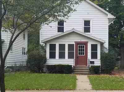 Jackson MI Single Family Home For Sale: $95,500