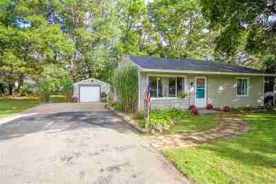 Jackson MI Single Family Home For Sale: $116,000