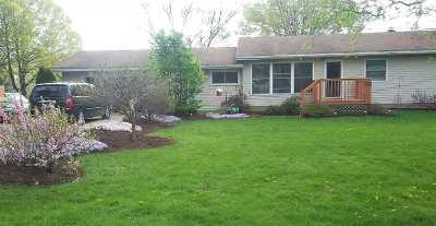Leslie Single Family Home For Sale: 4255 Oak St